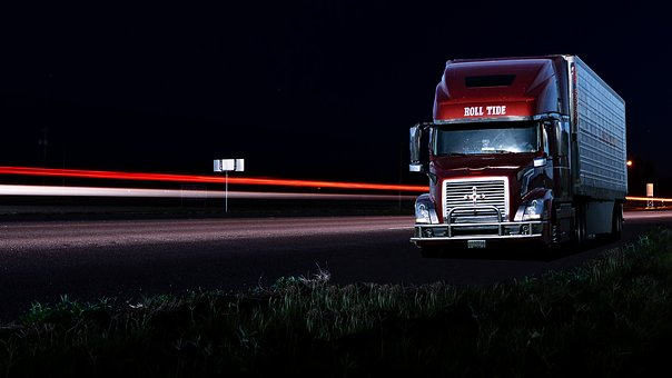 Night Driving Tips for Truckers